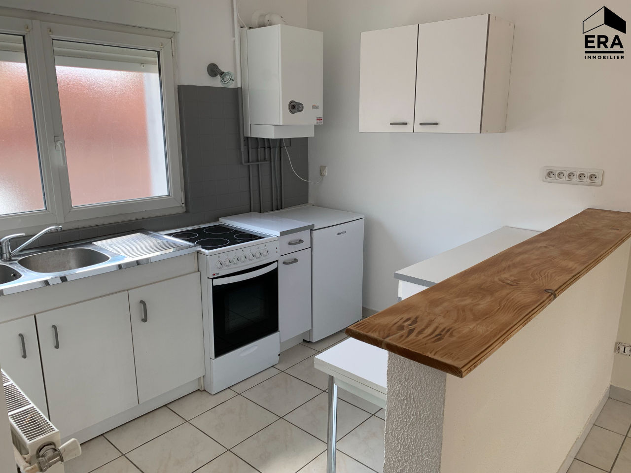 APPARTEMENT T2 + GARAGE CENTRE VILLE HERICOURT